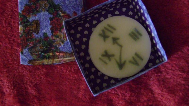Мыло ручной работы Часы в подарочной упаковке