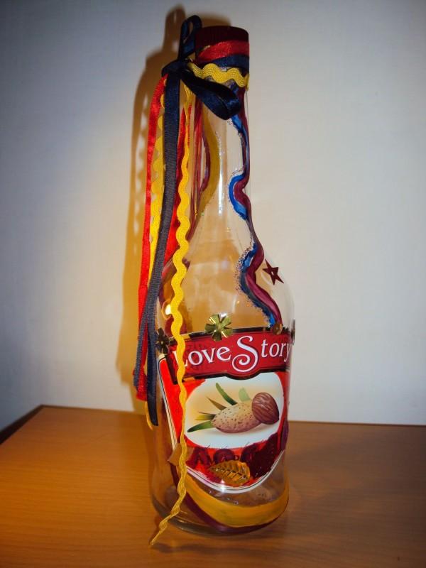 Гламурна интерьерная бутылка Love story.
