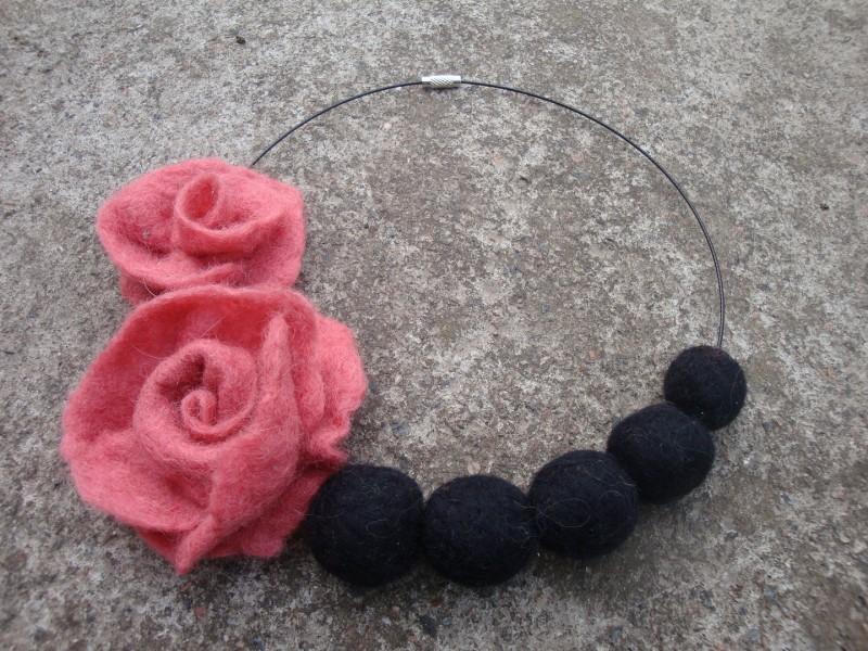 бусы Стиль роз