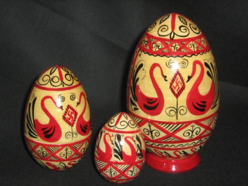Яйцо-матрешка 3 в 1
