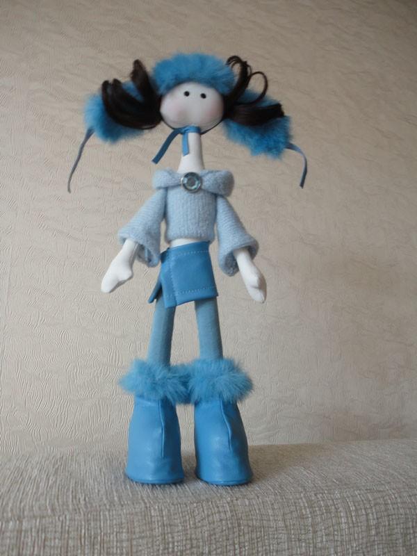 Интерьерная текстильная кукла Блю.