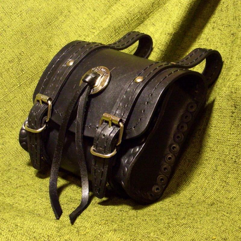 Изделия из кожи своими руками для байкеров 39