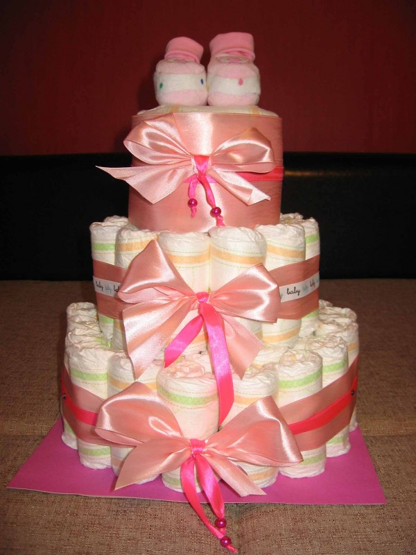 Торт из памперсов. Девочка