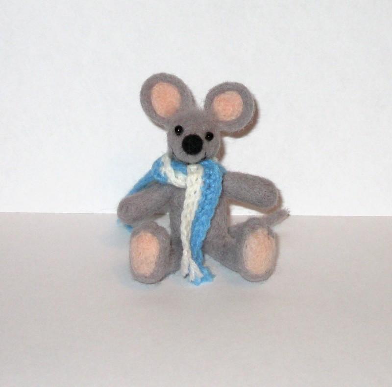 Мышь Кнопка. Валяная авторская игрушка.