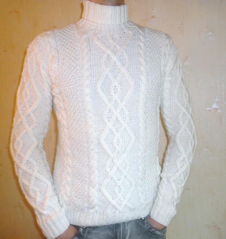 свитер белый с косами