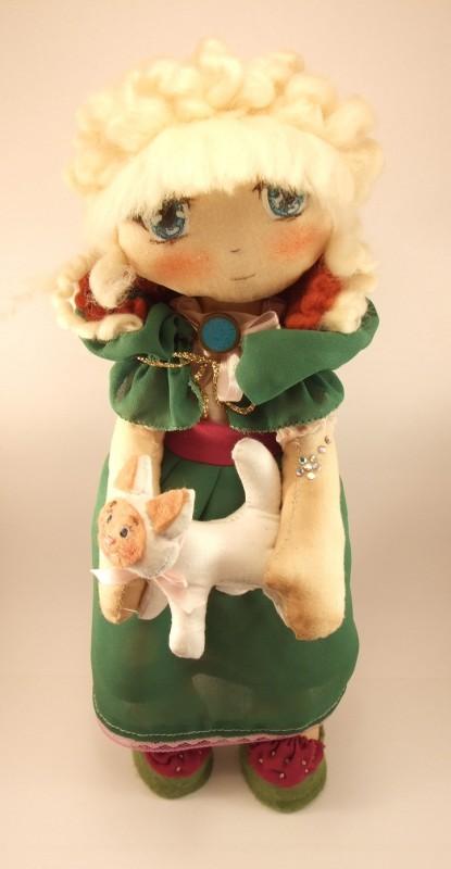 Кукла Лайла