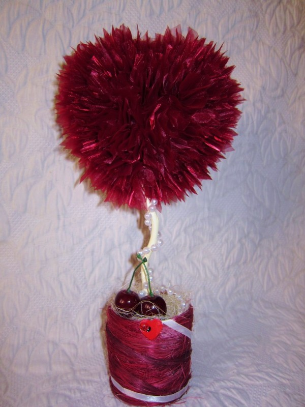 Топиарий Вишнёвое сердце