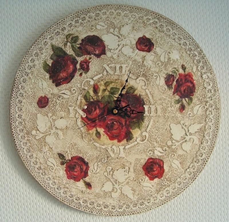 Часы Ностальгические розы