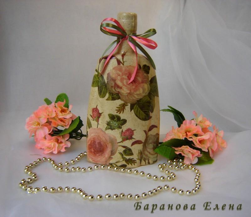 Декорированная бутылка Розовый букет