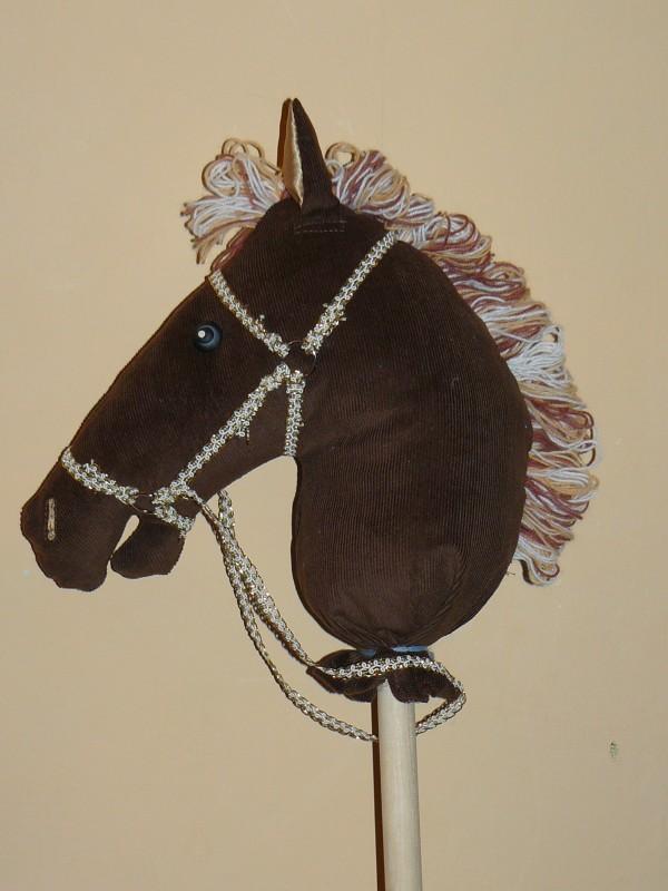 игрушка Конь на палочке.