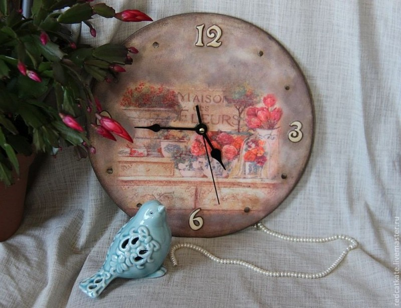 Часы Maison des fleurs