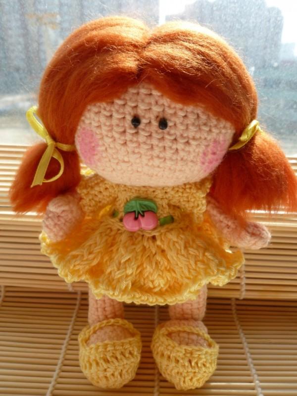 Вязаная куколка Солнечная Марийка