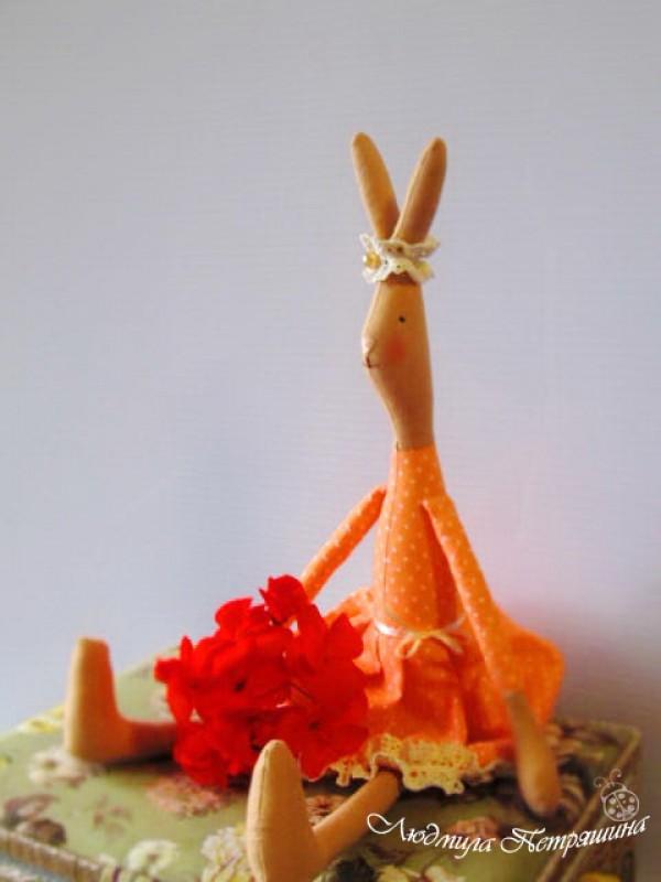 Текстильная игрушка зайка Серафима