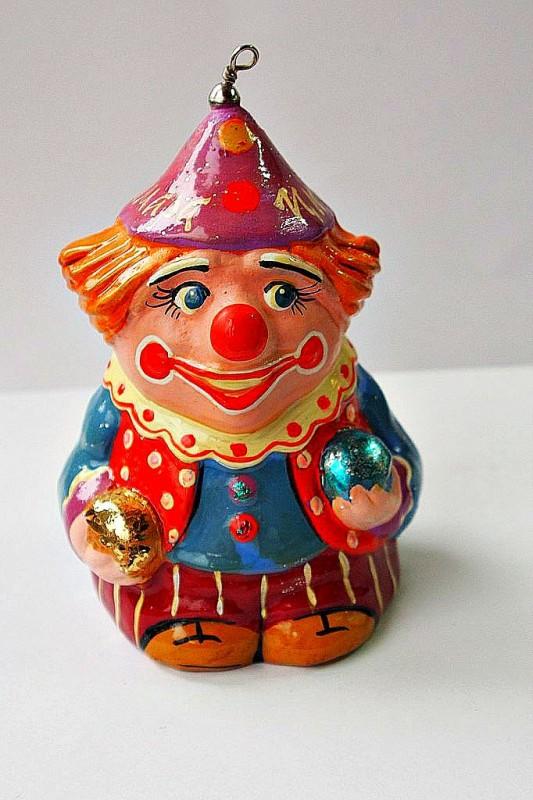 Керамический колокольчик Клоун с шарами в голубом