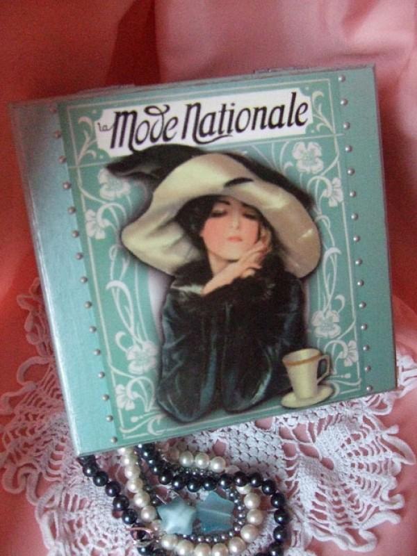 Шкатулка la Mode Nationale ПРОДАНО