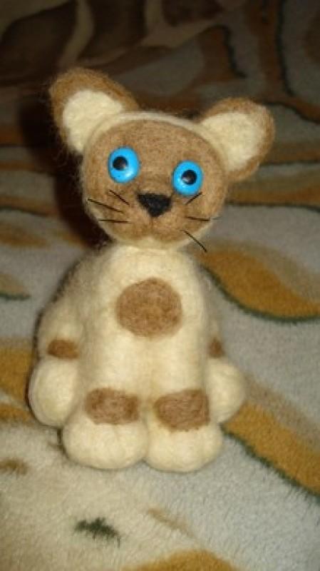 Родственник котенка из мультфильма  Котенок по имени Гав