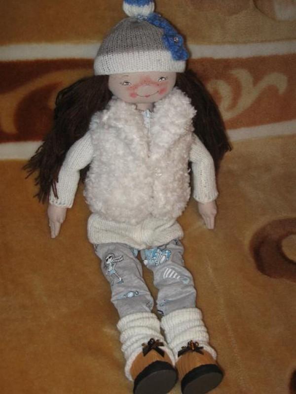 Кукла текстильная .