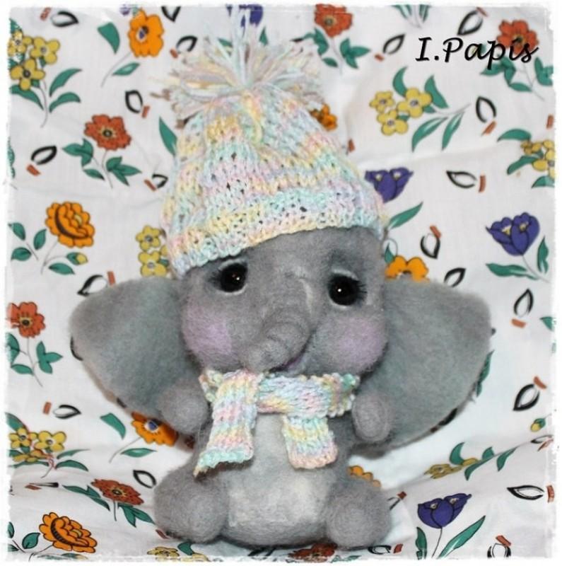 Слоненок Яшка.       Продан!!!