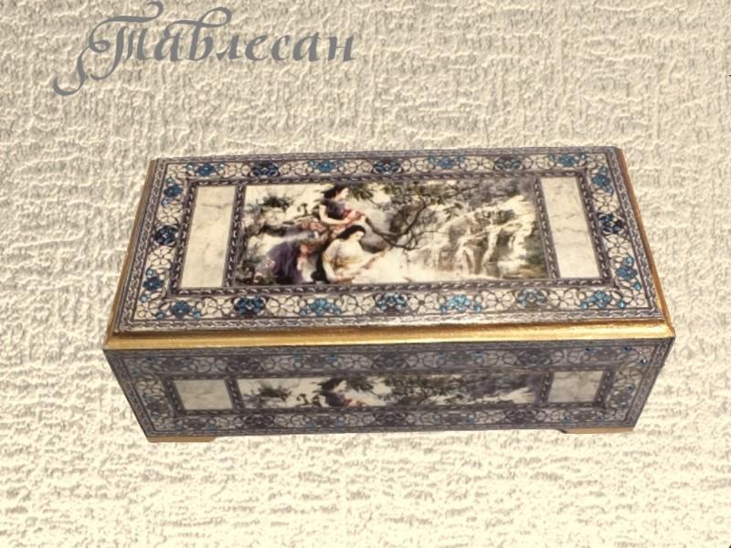 Купюрница (шкатулка для украшений) Девушки у водопада декупаж