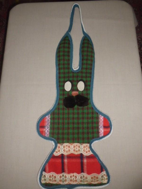 заяц с кармашком