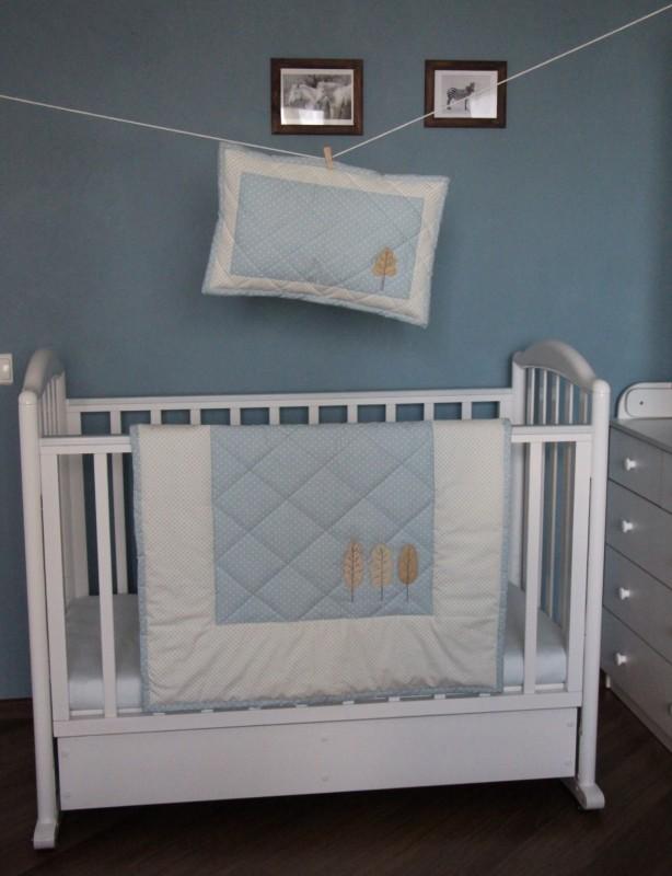 Комплект для малыша в кроватку.