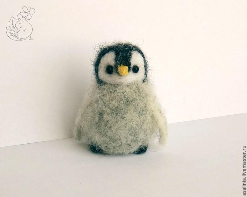 Пухлый пингвиненок
