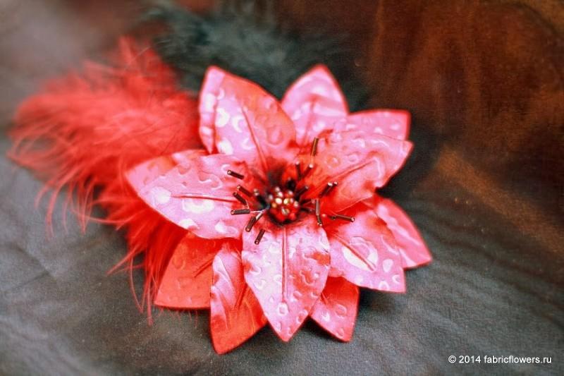 Рождественская звезда фантазийная. Цветок из ткани.