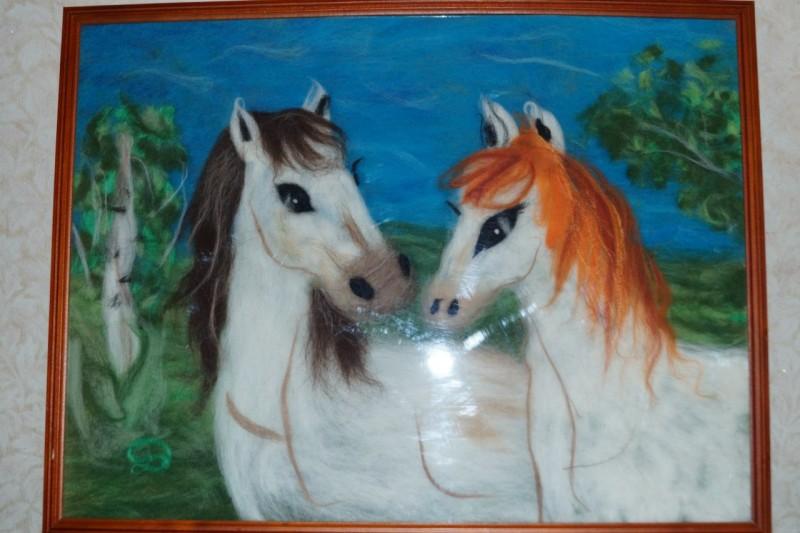 Лошадиная пара,картина шерстью