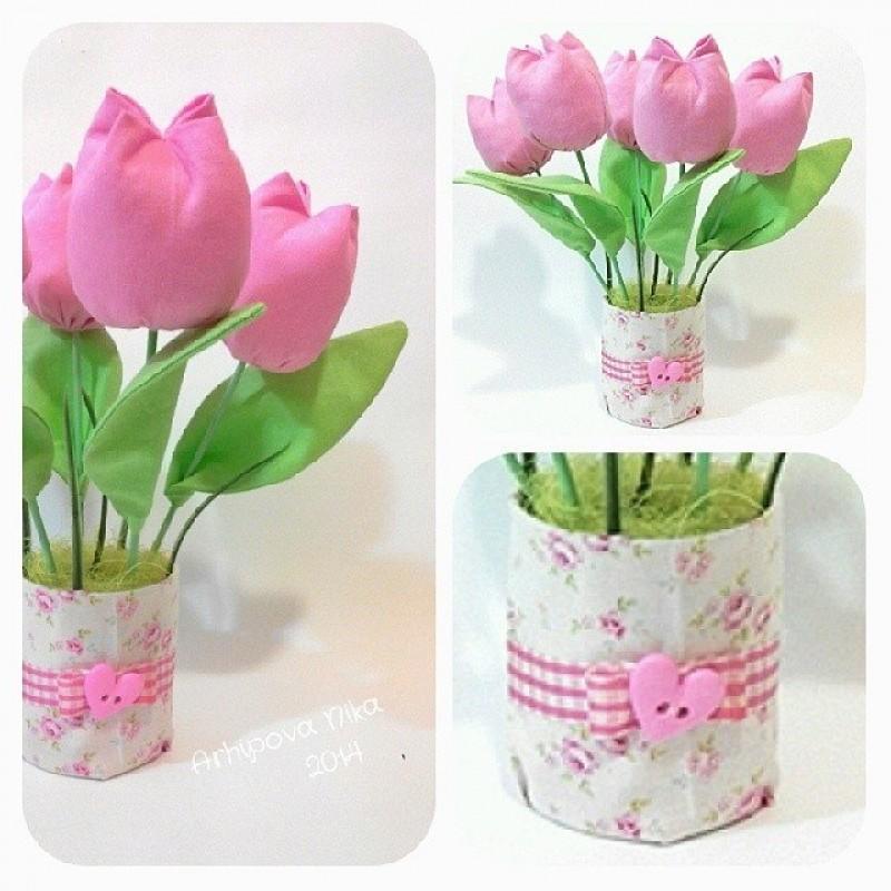 Весенние тюльпаны розовые.