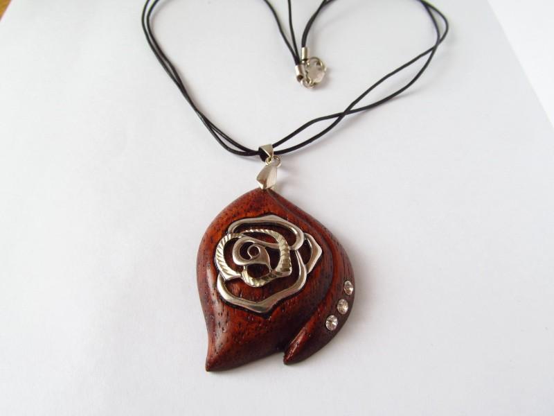 Серебряная роза.