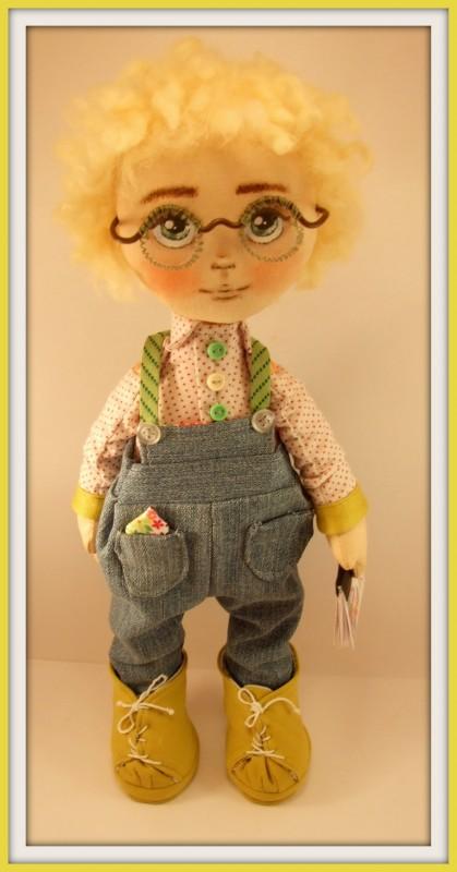 Текстильная кукла Дэни