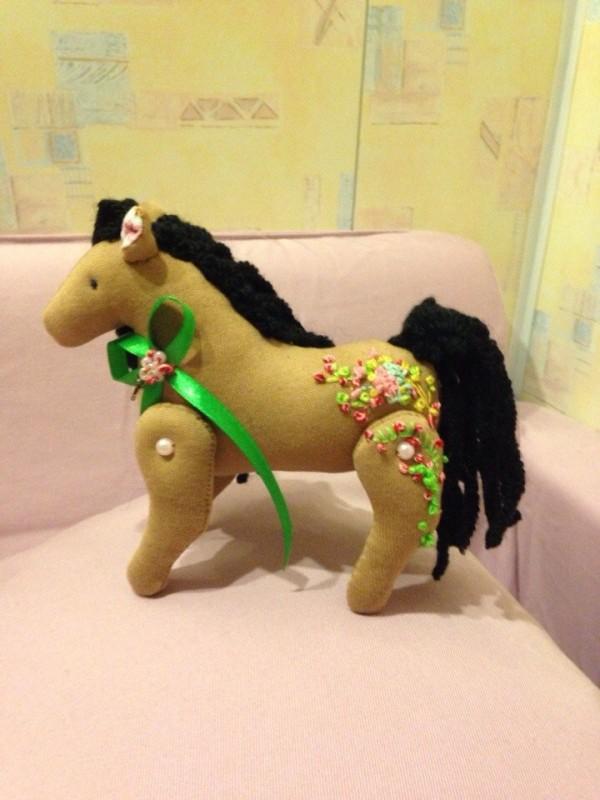 Цветочная лошадка (для примера)