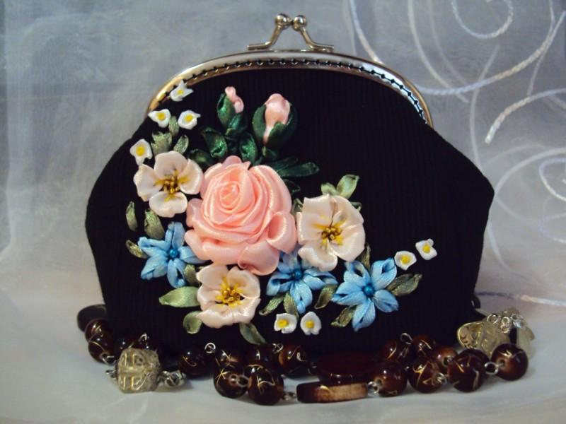 Косметичка с фермуаром Нежные розы