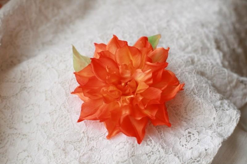 Цветок из ткани. Камелия