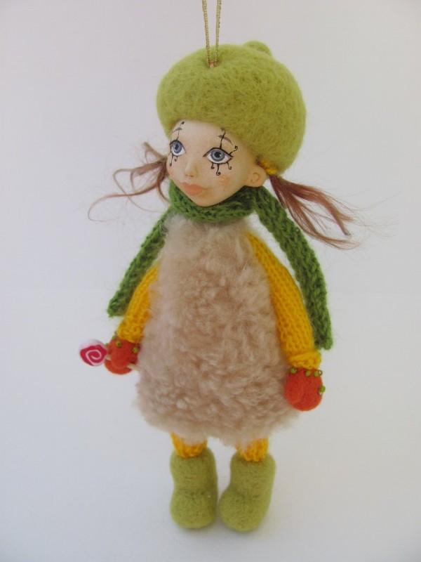 Коллекционная куколка Детка-конфетка
