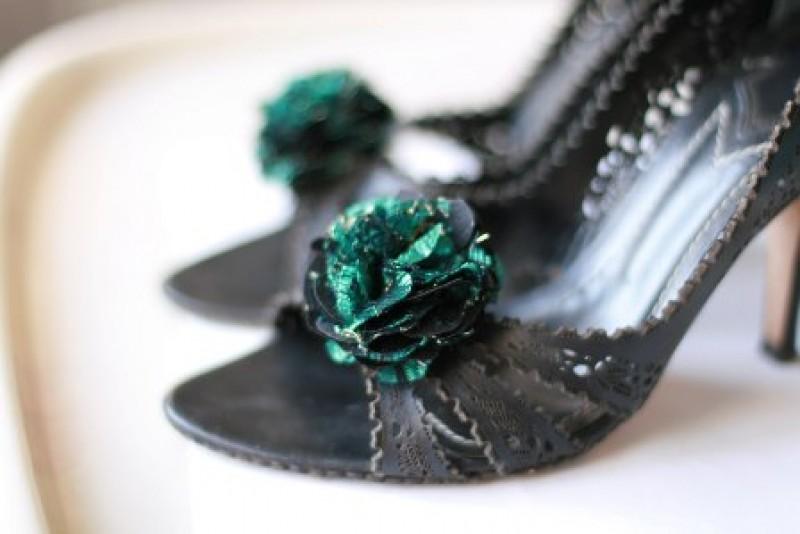 Клипсы для обуви.