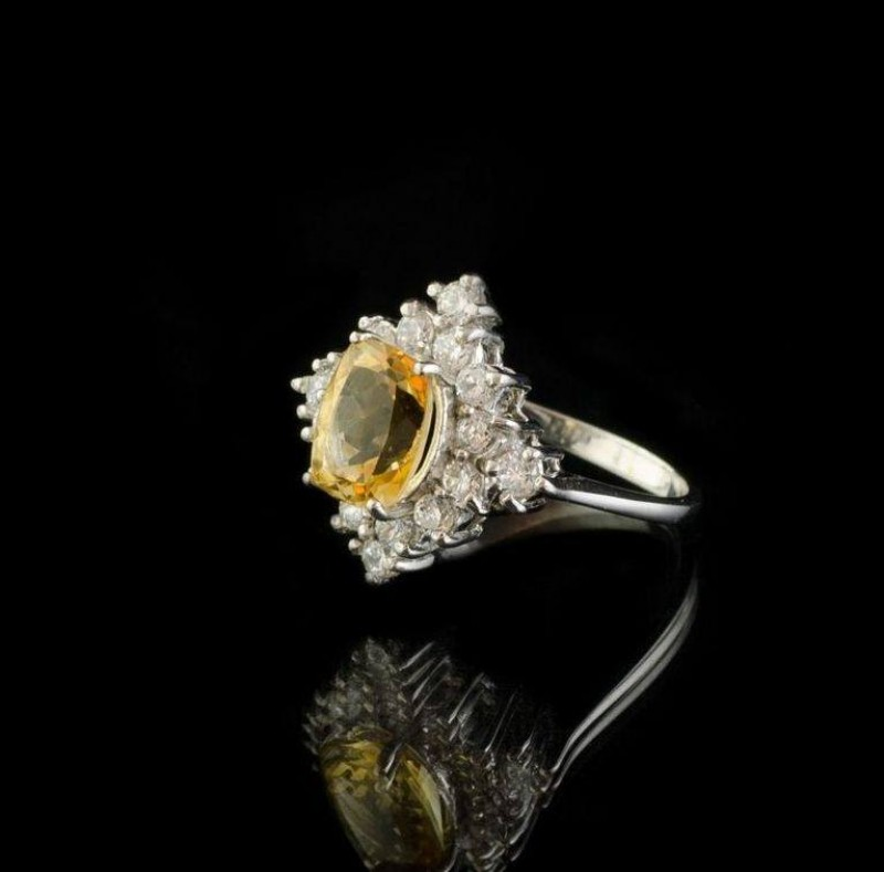 Серебряное кольцо с цитрином и фианитами