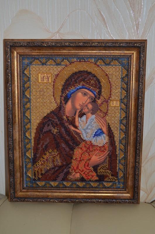 Ярославская Богородица. вышивка бисером оформлена в багет и освящена в церкви
