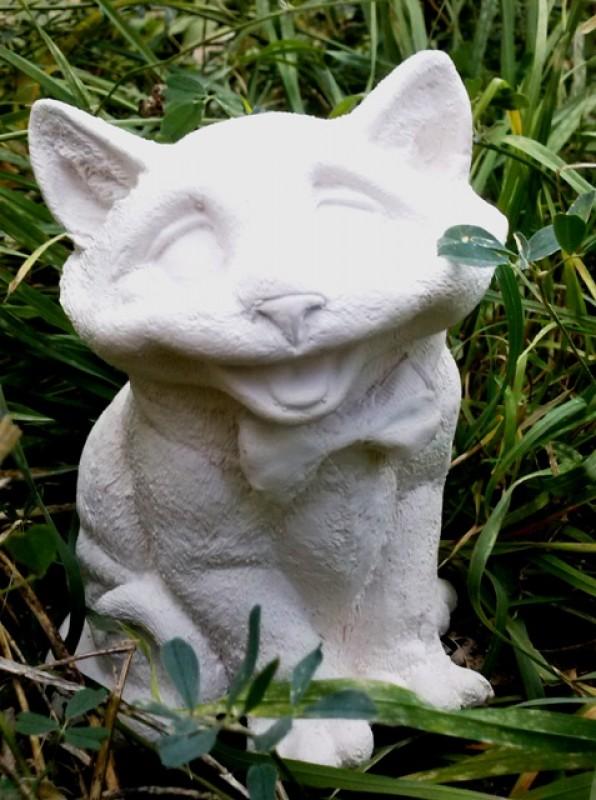 Гипсовая раскраска Большой кот с бантом высота-16см, ширина - 10 см.