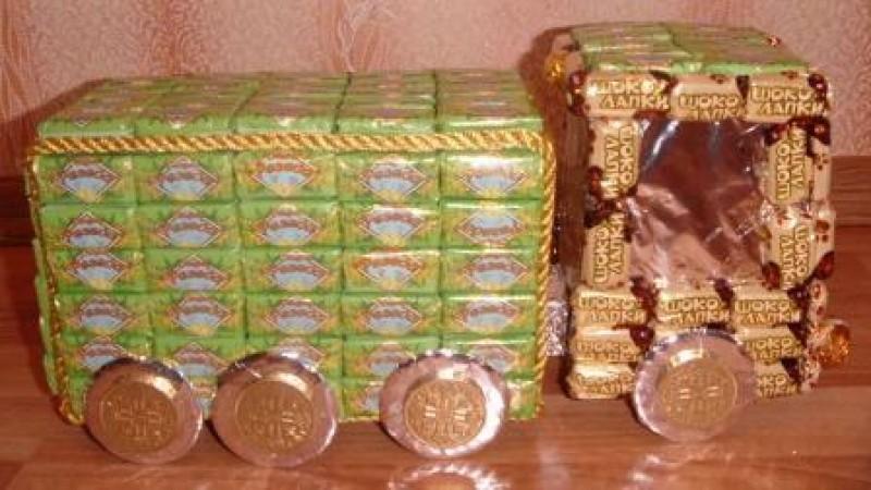 Грузовик из конфет