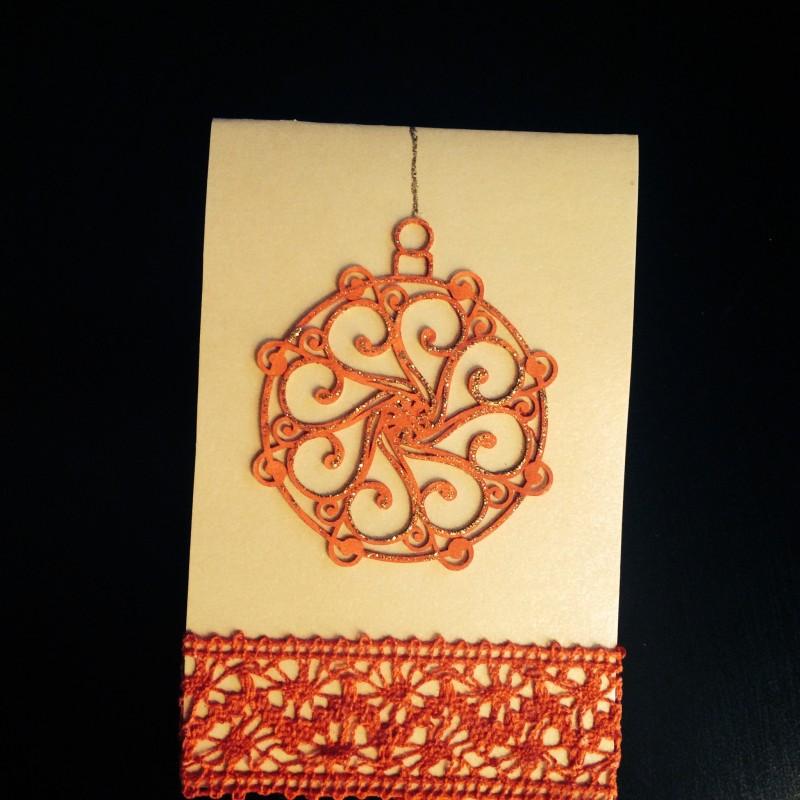 Новогодняя открытка ручной работы Елочный шар