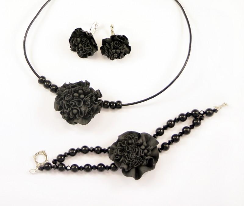 Колье, браслет и серьги из полимерной глины Black Swan