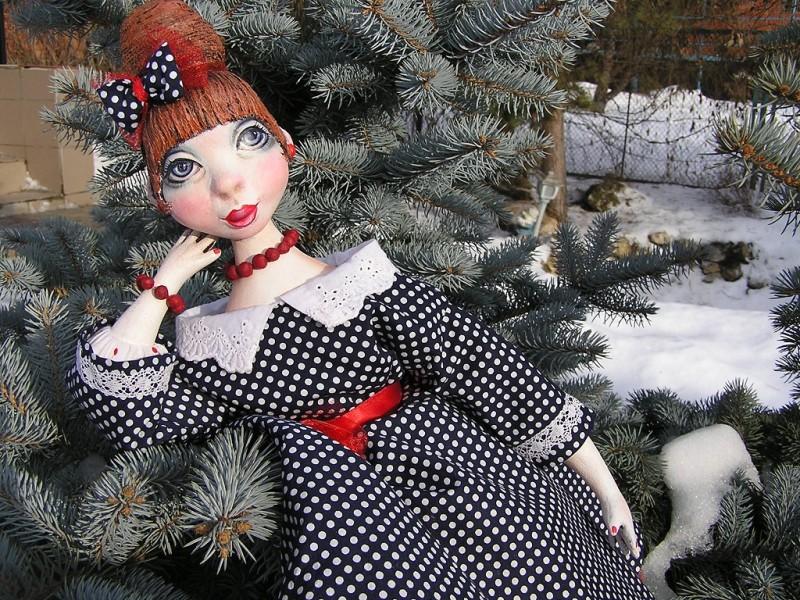 Будуарная подвижная куколка Валентина...