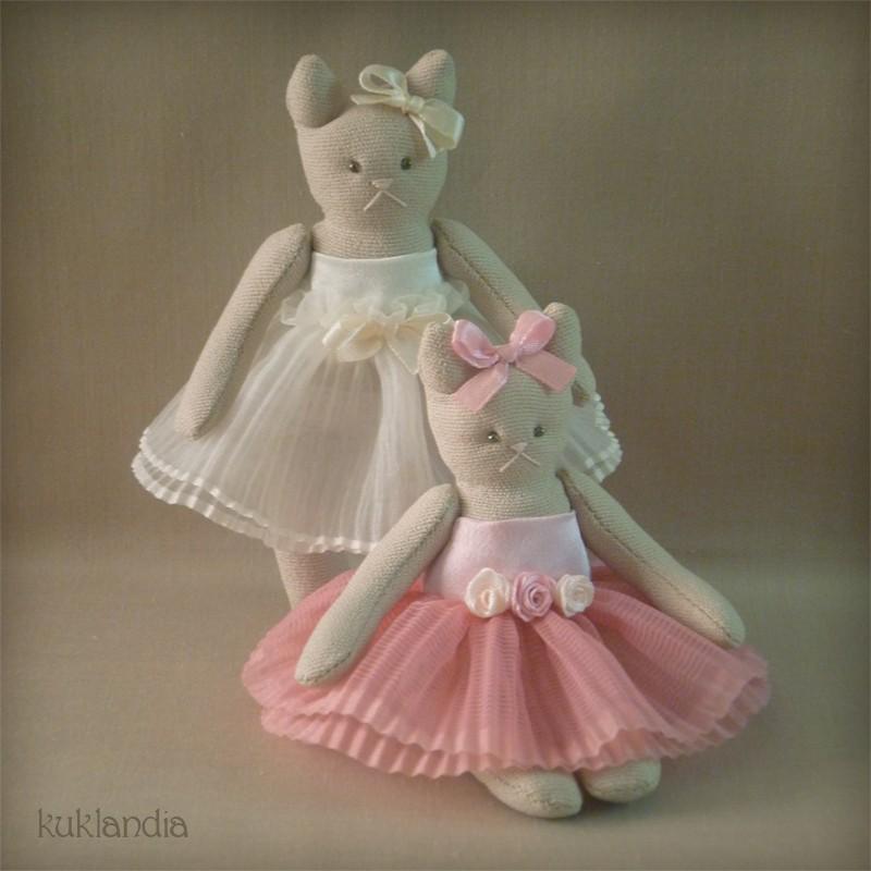 Кошки, ароматизрованные игрушки