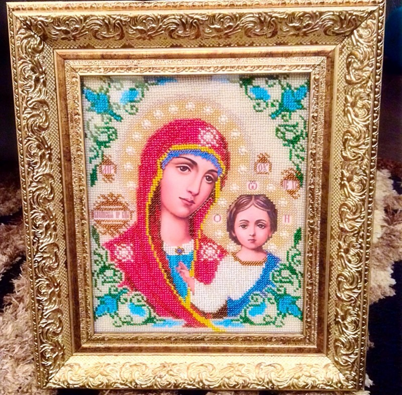 Икона вышитая ювелирным бисером Богородица Казанская