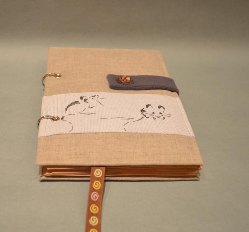 Блокнот ручной работы с вышивкой Мышки