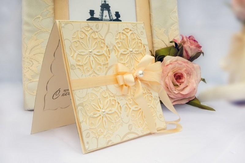 Открытка поздравительная на свадьбу «Нежность».