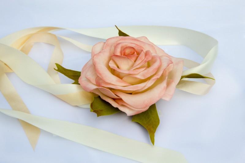Свадебное украшение на руку «Нежность».