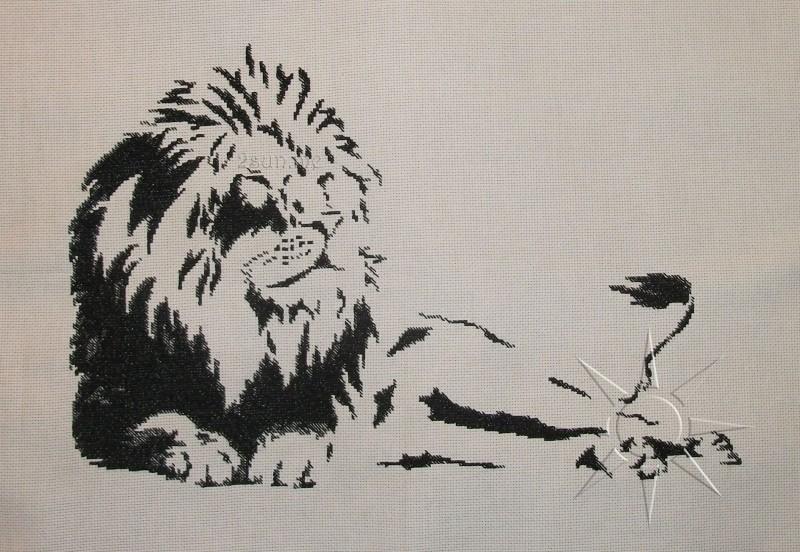 Отдыхающий лев