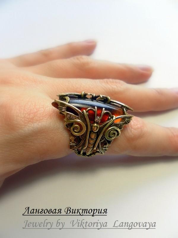 Латунный перстень с медовым янтарем, Wire wrap.